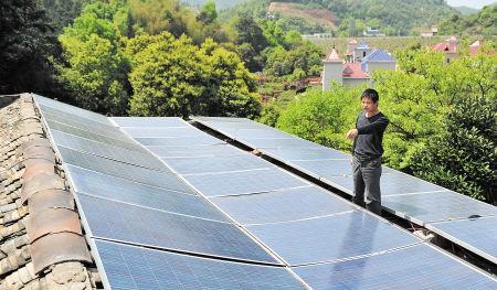 长沙县家庭光伏电站第一人 半年发电2000度等于少砍四棵树