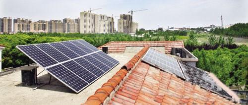 许新平成为扬州家庭光伏电站并网发电第一人