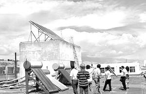 甘肃张掖首座家庭太阳能电站并入电网