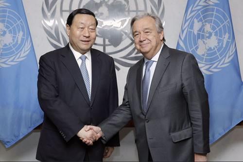 联合国新任秘书长古特雷斯会见刘振亚