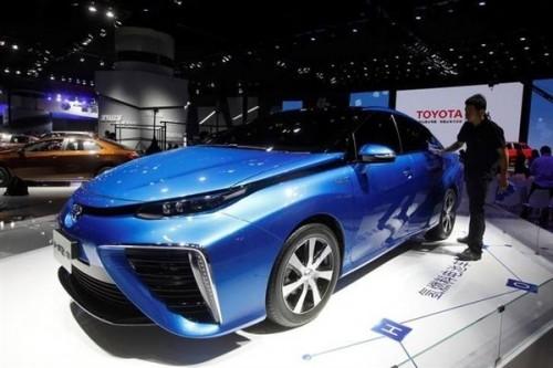 丰田因输出电压问题将召2800辆燃料电池汽车