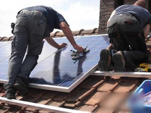 美国太阳能市场在2016年翻一番升至14.6GW