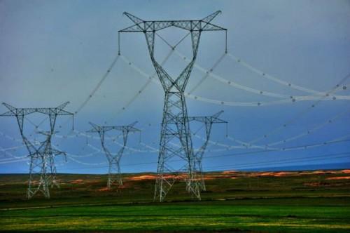 电网投资再创新高 优化配置能力提升
