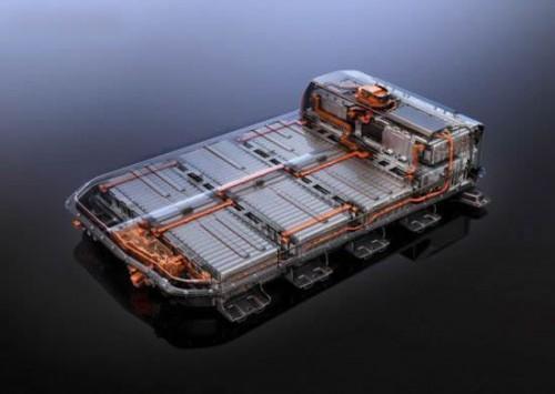 动力电池如何抵御车企压价和原材上涨的夹击?