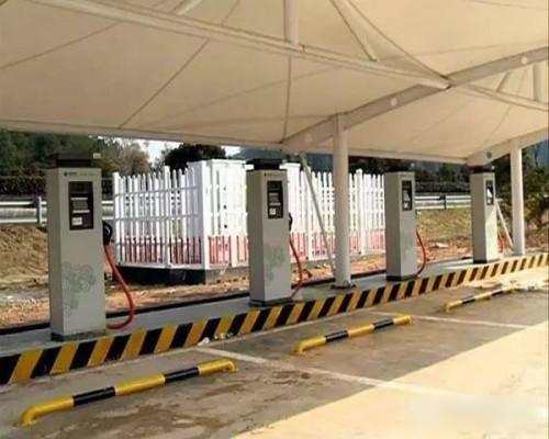 福建近八成高速公路服务区建成电动汽车充电站