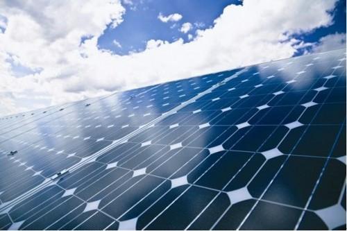 预计到2021年全球太阳能发电总装机容量将达到1太瓦