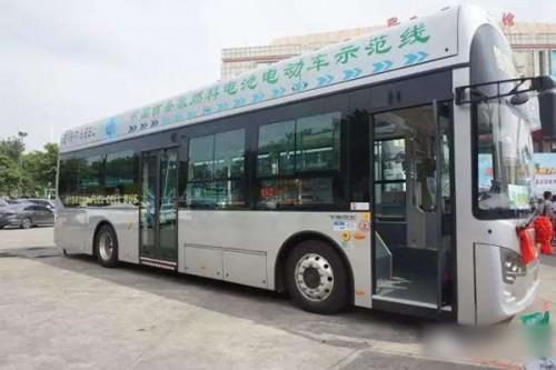 全国首条商业化氢能源公交线运营