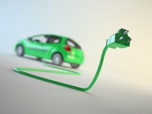 新能源汽车板块崛起 成长风格基金借势'翻身'
