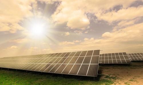 国际能源署称2016年中国贡献50%的新增光伏产能