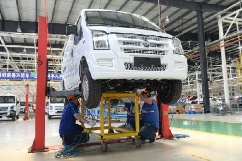 日媒称全球车用电池市场六成中国造