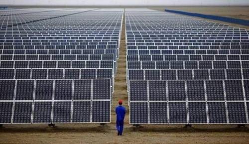 英国将储能与太阳光伏合二为一