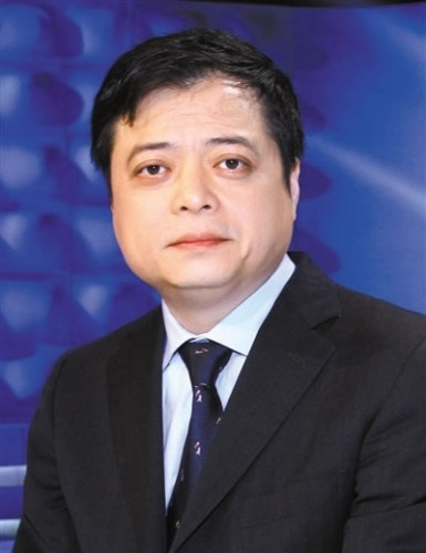 南存辉:加快完善政策推动新能源产业高质量发展