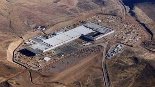 马斯克:年内公布中国电池工厂选址