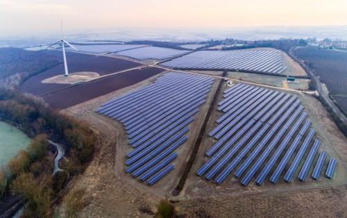 全球目前拥有1TW的风能和太阳能 预计2023年将达到2TW