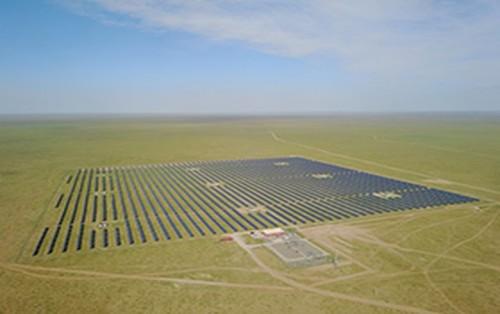 夏普在蒙古完成了16.5兆瓦的太阳能发电场