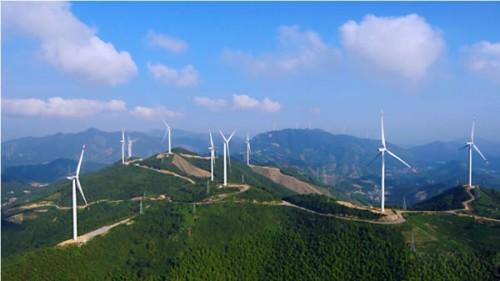 湖州的高山风能变电能