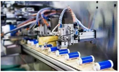 行业改组将成锂电池一段时间内的主题