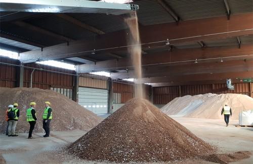 芬兰的面包屑变成了瑞典的乙醇