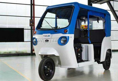 马恒达发布两款纯电动三轮车 电池寿命可达5年
