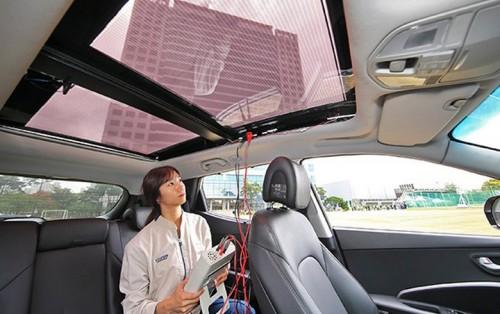 现代起亚推出了太阳能车顶充电系统