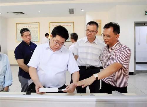 东莞市委常委张冠梓一行莅临富华电子指导倍增工作