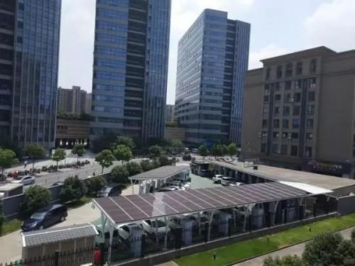 杭州已建4000多个公用充电桩 充电和加油一样方便