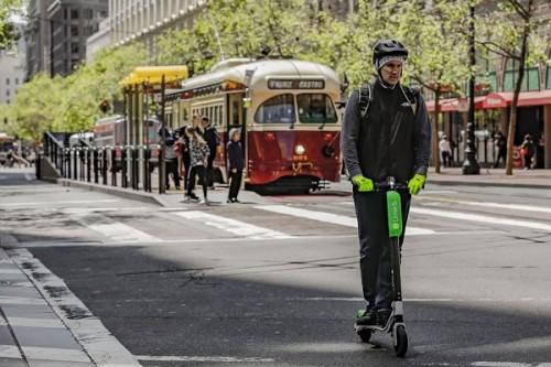 消息称Uber可能会收购共享电动滑板车服务Bird或Lime