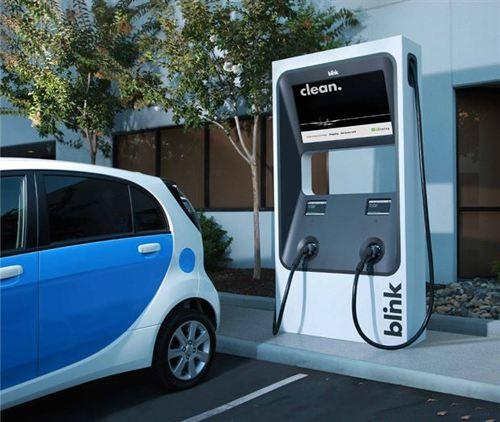 充电桩缺口巨大 四部门发文促'一车一桩'