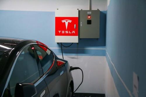 推广电动汽车还需解决以下三大难题