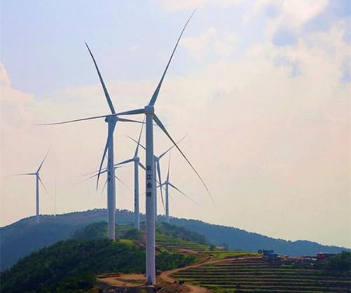南山风电场首批3台风机正式投运