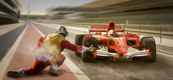 汽油vs电动:地表最快30辆汽车竞速大比拼!