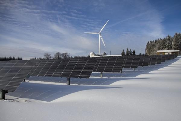 可再生能源虽有望作为解决方案 但还远远不够