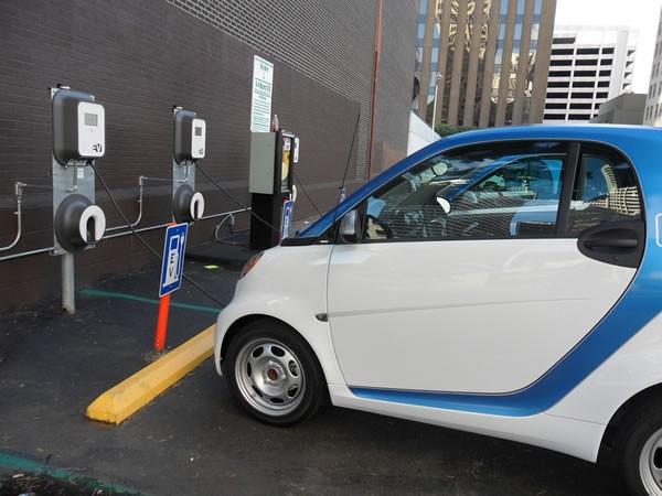 工信部修改新能源车准入管理规定 降低准入门槛