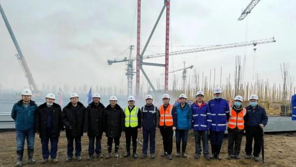 望奎县农林生物质热电联产项目首榀锅炉钢结构吊装成功
