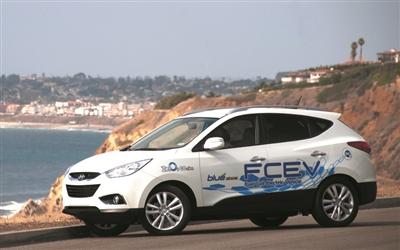 氢燃料电池车与纯电动汽车引发争论高清图片