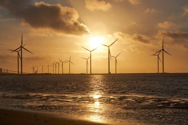 亚博APP官方下载:2018清潔能源十大預測:投資將達3300億美元 中國仍占光伏發電主導地位