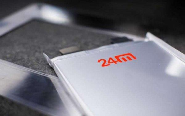 美企24M交付高密度半固态锂电