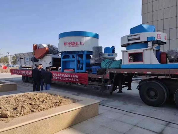 制作太阳能发电板材料汉隆机械亮相2019中国生物质清洁取暖及产业化发展(阳信)峰会