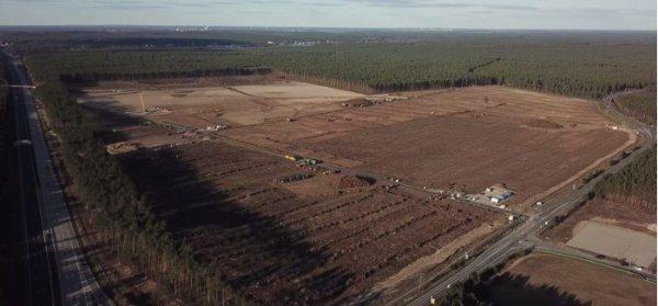 特斯拉柏林超级工厂即将破土动工 工地已开始搭建简易工棚