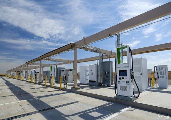 大众计划在沙漠中建充电站 测高温快充技术