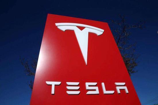 马斯克表示愿意向其他汽车制造商提供电池