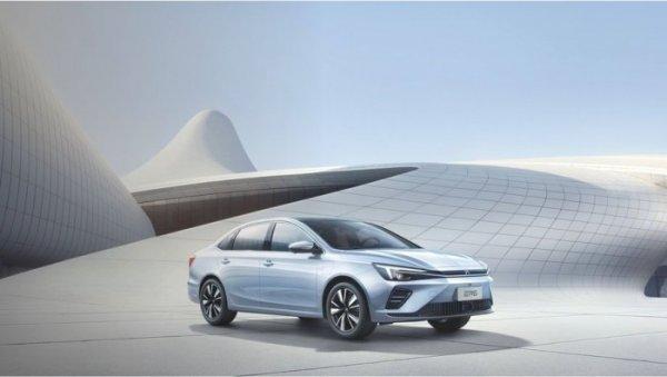 荣威ER6纯电轿车上市 充电15分钟能跑200公里