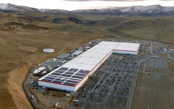 松下计划提高特斯拉电池产能 将投资逾1亿美元