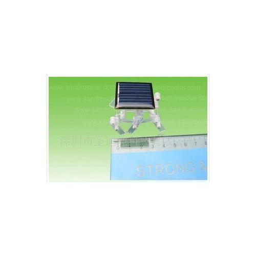 科普太阳能小机器人