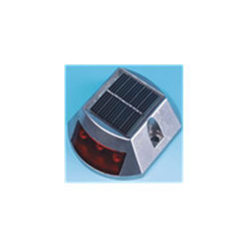 太阳能道钉灯