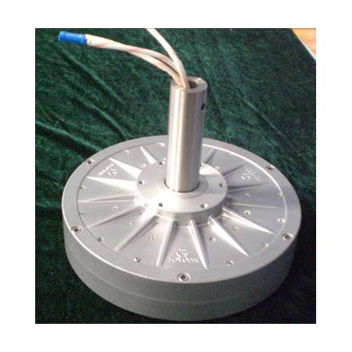 外转子无铁芯多级风力发电机