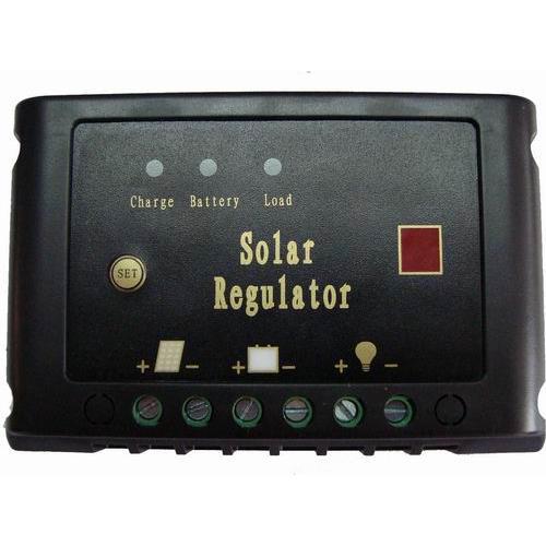LED半功率太阳能路灯控制器