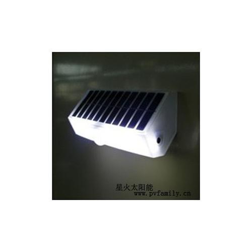 1.5W太阳能感应LED灯