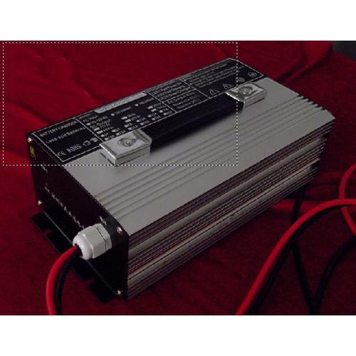 12V10A锂电池组充电器