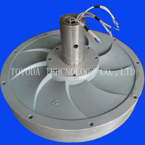 10KW垂直轴永磁风力发电机